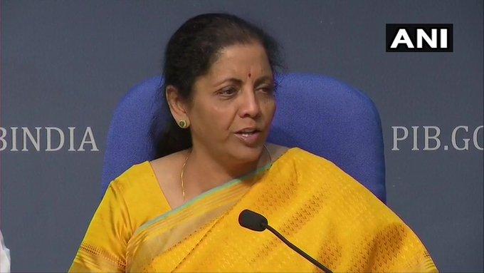 Corona virus Delhi lockdown Economic Package finance minister nirmala sitharaman said not closing doors at all, I will continue to seek information from the industry | आर्थिक पैकेजप्रोत्साहनः सीतारमण बोलीं-मैं दरवाजे कतई नहीं बंद कर रही हूं,मैं उद्योग से जानकारी लेना जारी रखूंगी
