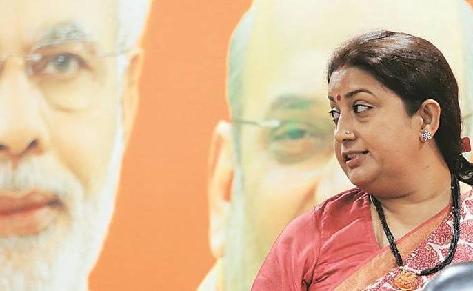 Smriti Irani says respect for women in India has its own on Azam Khan's remark Jaya Prada | आजम खान की जया प्रदा पर अभद्र टिप्पणी: स्मृति ईरानी का पलटवार, क्यों चुप बैठे हैं सपा नेता?