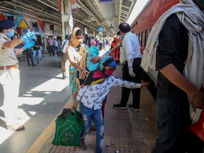 Ministry Of Railways increases the advance reservation period (ARP) for all 30 Special Rajdhani type train and 200 Special Mail Exp trains | भारतीय रेलवे ने टिकट बुकिंग के नियमों में किया बड़ा बदलाव, अब इतने दिनों पहले करा सकेंगे टिकटों की बुकिंग