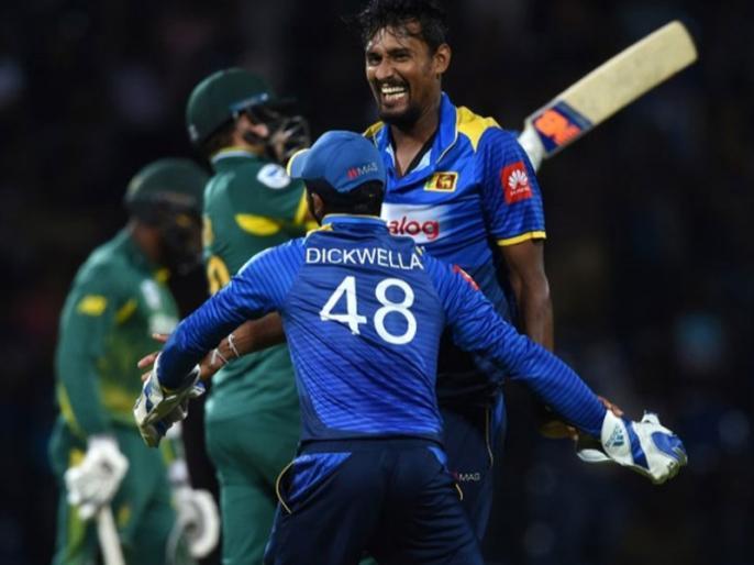 sri lanka beat south africa by 178 runs in last odi | SL vs SA: श्रीलंका ने आखिरी वनडे में साउथ अफ्रीका को 178 रनों से हराया, 2-3 से गंवाई सीरीज