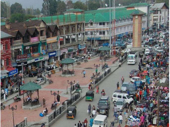 Political parties in Jammu and Kashmir termed amendments to Domicile Act as 'showy'   जम्मू-कश्मीर के राजनीतिक दलों ने डोमिसाइल कानून में संशोधन को 'दिखावटी' बताया
