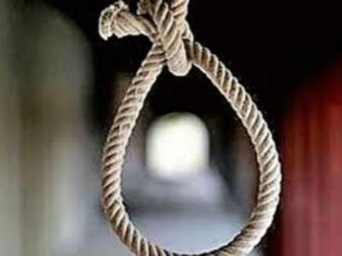UP Meerut student committed suicide due to delhi based people blackmailing | ब्लैकमेलिंग से तंग आकर छात्र ने की आत्महत्या, फांसी लगाते हुए बनाया लाइव वीडियो
