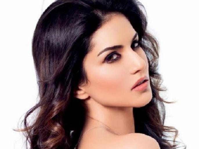 Sunny Leone Video: When I saw my boyfriend with Sunny Leone TikTok Video | Sunny Leone Viral Video: जब सनी लियोनी के साथ अपने ब्वॉयफ्रेंड को देखा तो ऐसा था लड़की का रिएक्शन, दोस्त ने बचाई जान