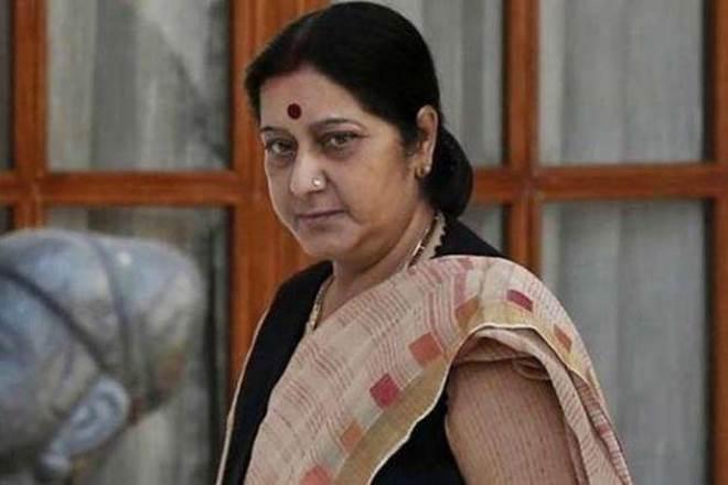 sushma swaraj tweet to mulayam singh yadav on azam khan's comment on jaya prada | आजम खान के विवादित बयान पर सुषमा स्वराज का ट्वीट- 'मुलायम भाई, चुप रहकर आप भीष्म जैसी गलती मत कीजिए'