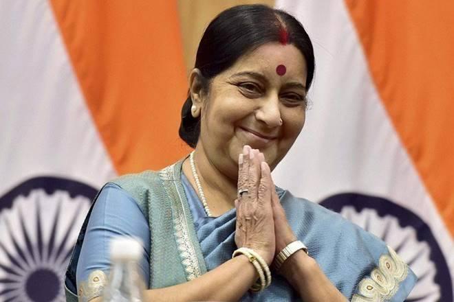 Sushma Swaraj reached maldiv after abdulaah yamin not in power | सुषमा स्वराज दो दिनों के यात्रा पर मालदीव पहुंची, चीन समर्थित सरकार के हटने के बाद पहला दौरा