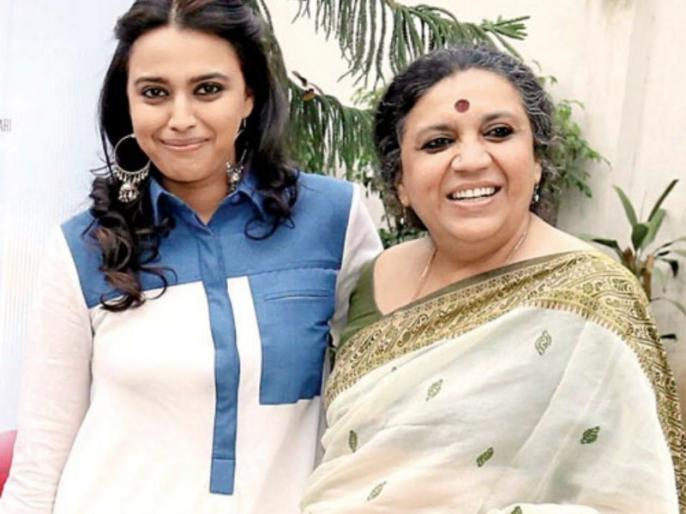 Swara bhaskar mother and cook tested positive for covid-19 | स्वरा भास्कर की मां ईरा भास्कर हुई कोरोना पॉजिटिव, पूरा परिवार हुआ होम क्वारंटाइन