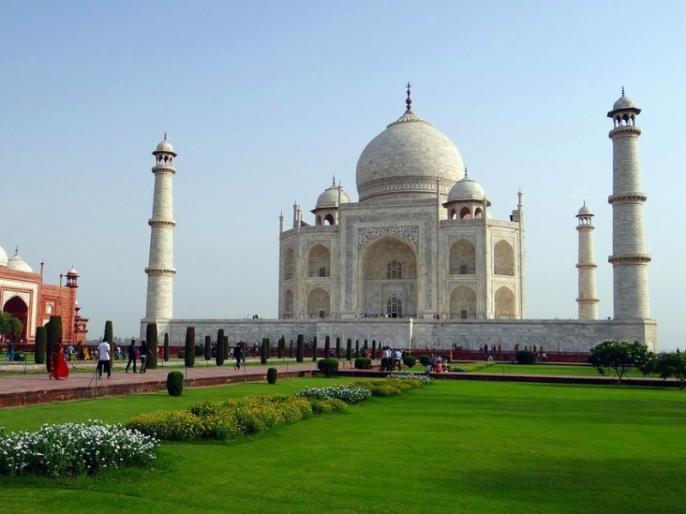 Agra Taj Mahal reopens Chinese national Liang Chiacheng first visitor | मार्च के बाद फिर खुला ताजमहल, चीन के इस नागरिक ने सबसे पहले किया दीदार