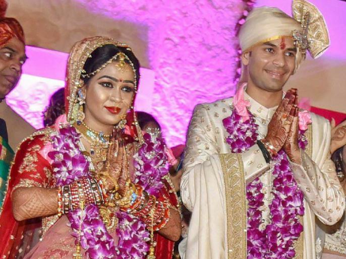 Tej Pratap Yadav's sister in law Karishma joining RJD | तेज प्रताप यादव की साली करिश्मा राय राजद में शामिल, लालू परिवार से विवादों को लेकर कही ये बात
