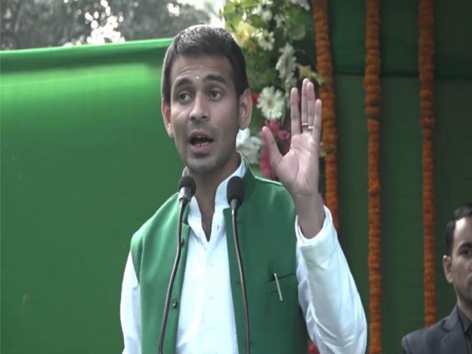 lok sabha election: There is no existence of Congress in Bihar says tej pratap yadav | राहुल गांधी के मंच से भाषण देने से वंचित रहे तेज प्रताप ने कहा- बिहार में कांग्रेस का कोई अस्तित्व हीं नहीं है