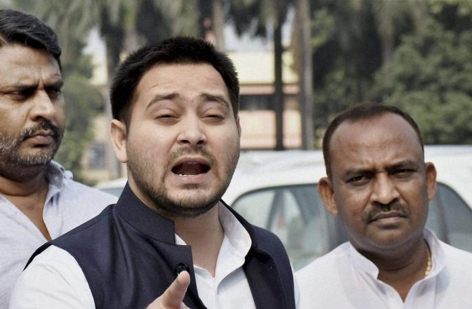 Sushant Singh Rajput: Bihar government is insulting its police in Mumbai, Center should intervene: Tejashwi Yadav | Sushant Singh Rajput: बिहार सरकार मुंबई में अपने पुलिस का अपमान करा रही है, केंद्र को हस्तक्षेप करना चाहिए: तेजस्वी यादव