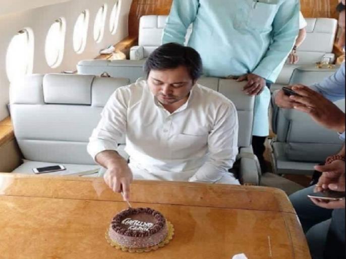 Tejashwi Yadav After Trolling Over Birthday Pic says Man Who Sells Milk | 'दूध बेचने वाले का प्लेन में चढ़ना लोगों को नहीं पच रहा', चार्टर्ड प्लेन की वायरल तस्वीर पर तेजस्वी यादव का जवाब