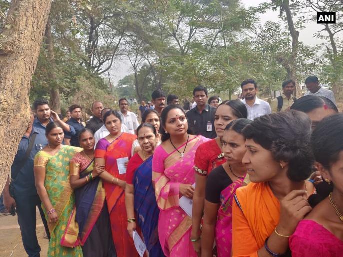 Telangana state election polling 2018 live update latest breaking news headline | तेलंगाना चुनाव: मतदाताओं ने बढ़-चढ़कर लिया हिस्सा, जानें वोटिंग से जुड़ी दिनभर की सभी हाईलाइट्स