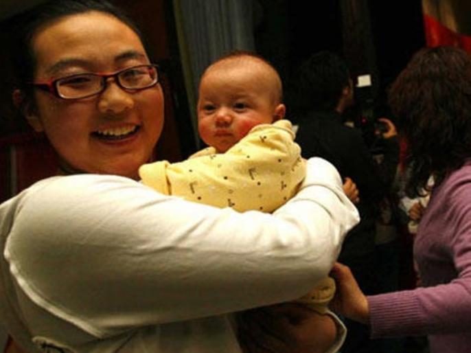 China's First Test Tube Baby Becomes Mother | टेस्ट ट्यूब बेबी ने दिया बेटे को जन्म, सोशल मीडिया में वायरल हो रही खूबसूरत फोटो