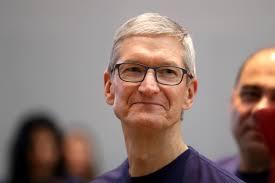 Apple CEO Tim Cook got a big salary Hike in 2018 | Apple के सीईओ टिम कुक की सैलरी 2018 में बढ़ कर हुई इतनी, जानकर हो जाएंगे हैरान