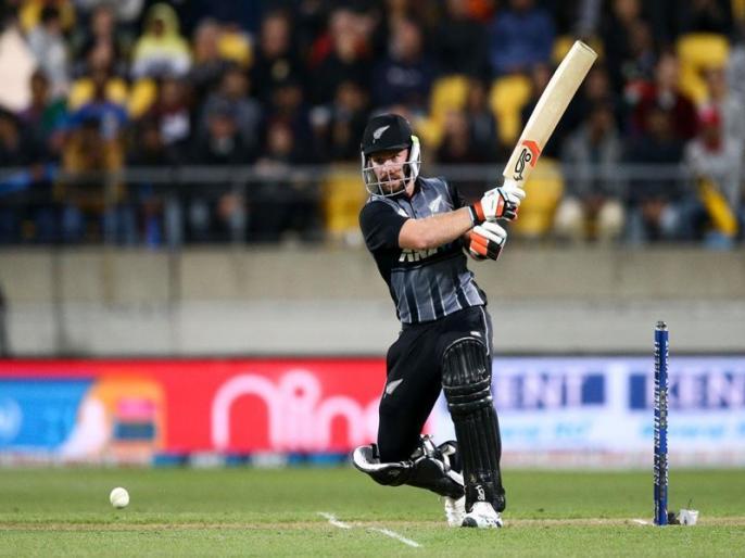 New Zealand Tim Seifert set to replace injured Ali Khan at Kolkata Knight Riders   IPL 2020: RCB के खिलाफ मैच से पहले KKR ने इस विस्फोटक बल्लेबाज को किया टीम में शामिल, 40 गेंदों में जड़ चुका है शतक