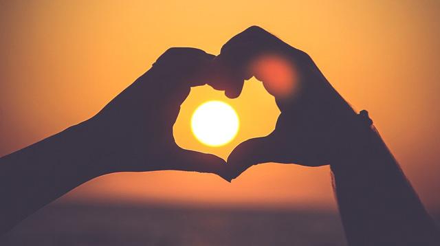 Valentine's 2018: My first love and the story of lovely 5 year journey | Valentine's 2018 ब्लॉग: पहले इश्क का खूबसूरत सफर खत्म हुआ तो लगा जिंदगी खत्म हो गई