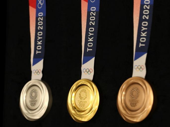 Tokyo 2020 Olympic medal design unveiled | टोक्यो ओलंपिक 2020 के पदकों का हुआ दीदार, एक साल बाद शुरू होगा खेलों का महाकुंभ