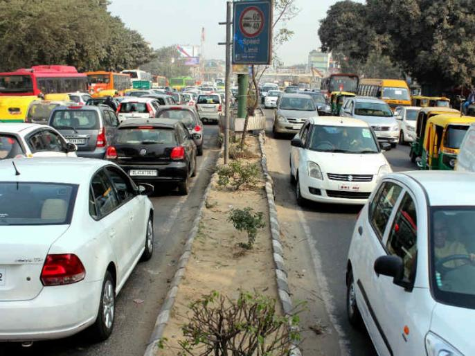 Delhi to witness restricted movement of vehicles on Dusshera | देशभर में दशहरे की धूम, इन जगहों पर रूट रहेगा डायवर्ट