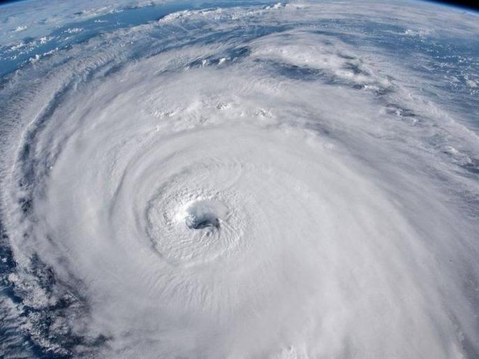 After the Philippines, now Super Typhoon reached China, more than 400 canceled flights | फिलीपींस के बाद अब चीन पहुंचा सुपर टाइफून, 400 से अधिक उड़ानें रद्द