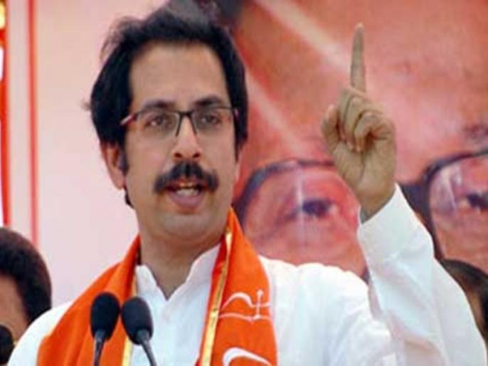 Why selective freedom of expression on JNU, Shivaji book says Shiv Sena | शिवसेना ने मोदी सरकार से पूछा- जेएनयू, शिवाजी वाली किताब पर 'अभिव्यक्ति की आजादी' का अलग-अलग पैमाना क्यों