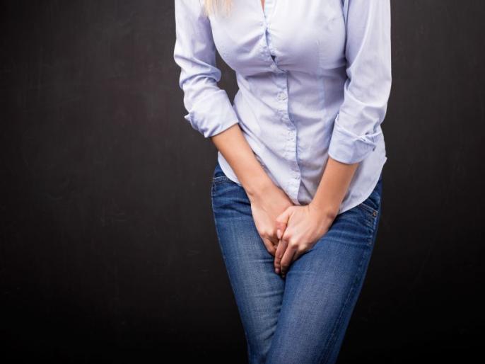 Urinary incontinence causes, symptoms, risk factors, prevention, home remedies, medical treatment, exercises, yoga poses, foods to prevent Urinary incontinence in Hindi   पेशाब लीक होना : लड़कियों को ज्यादा होती है ये समस्या, ये 5 चीजें दिलाएंगी छुटकारा