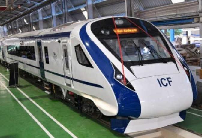 Delhi-Katra route may start from August, Vande Bharat Express | दिल्ली-कटरा रूट पर अगस्त से शुरू हो सकती है वंदे भारत एक्सप्रेस, 8 घंटे में पहुंचेंगे