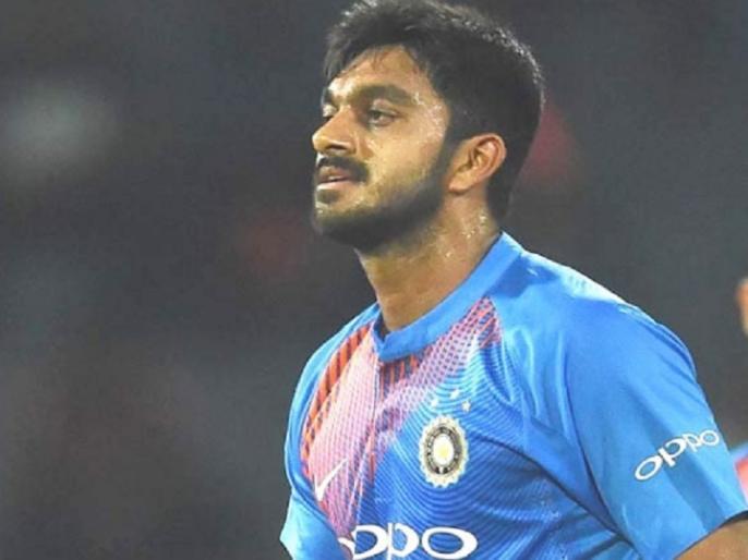 Promotion to number three in batting was a big surprise, says Vijay Shankar | कोहली की गैरमौजूदगी में विजय शंकर को दी गई नंबर 3 पर बैटिंग की जिम्मेदारी, मैच के बाद कही ये बड़ी बात