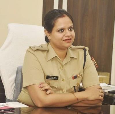 Delhi: DCP Vijayanta Arya suspended 36 police personnel of the district for not reaching duty on the day of Bakrid. | दिल्ली: DCP विजयंत आर्य ने बकरीद के दिन समय से ड्यूटी पर न पहुंचने को लेकर जिले के 36 पुलिस कर्मी को किया निलंबित