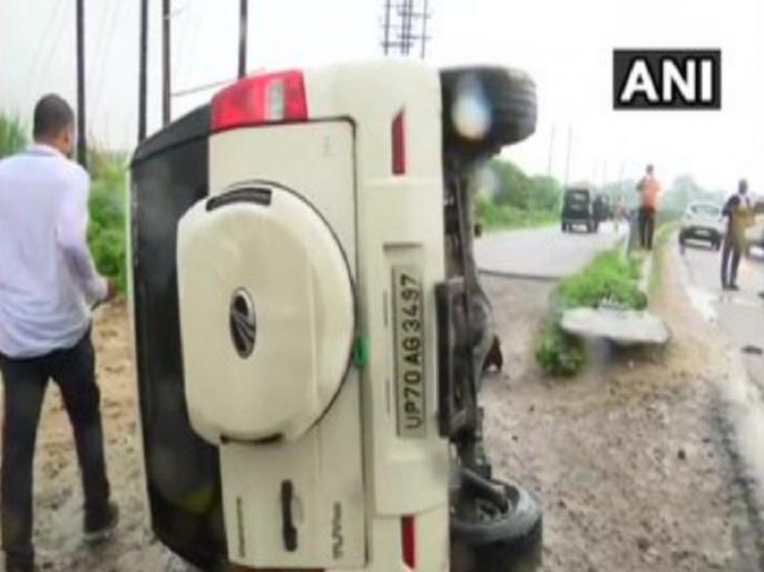 vikas dubey encounter death stf car accident full details in hindi | Vikas Dubey Encounter: विकास दुबे के कंधे और कमर में लगीं चार गोलियां, पुलिस ने बताया हिस्ट्रीशीटर के एनकाउंटर का पूरा वाकया