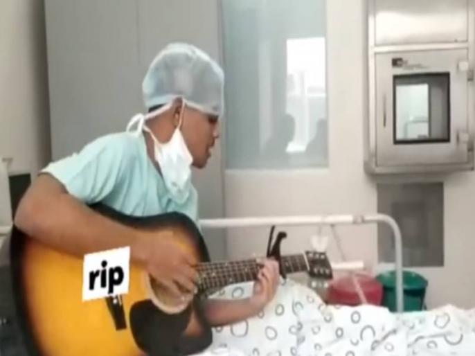 17-year-old boy sing a song achaa chalta hu viral after death watch emotional video | मौत से पहले लड़के ने गाया था 'अच्छा चलता हूं' सॉन्ग, मरने के बाद हुआ वायरल, देखें भावुक कर देने वाला वीडियो