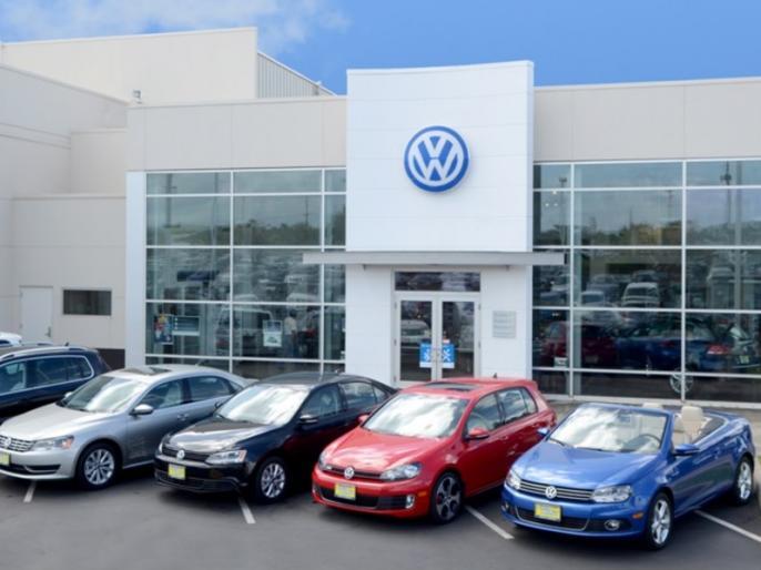 Maintaining a Volkswagen now cheaper as service, parts cost down | Volkswagen कारों की सर्विस लागत 44 प्रतिशत तक कम करने की योजना