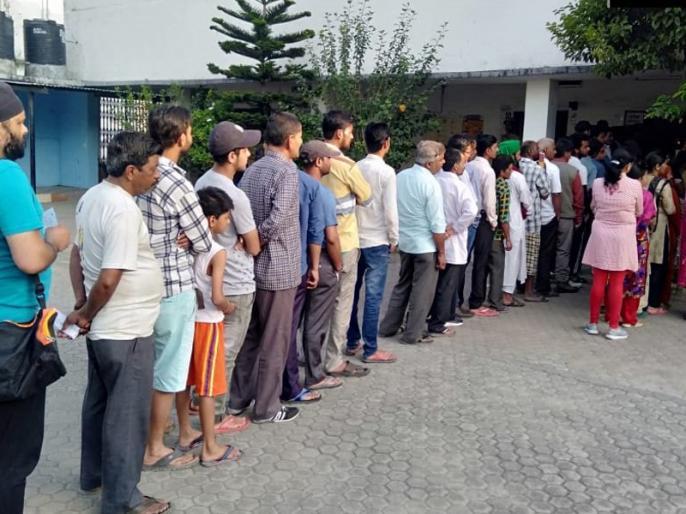 lok sabha polling 2019 live updates 1st phase voting for bihar and jharkhand | Lok Sabha 1st Phase Polling Bihar and UP Live: यूपी की आठ और बिहार की चार लोकसभा सीटों के लिए मतदान जारी, वोटर्स में देखा जा रहा उत्साह