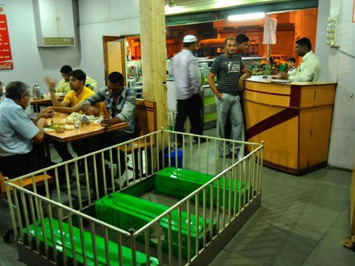 New Lucky Restaurant, Ahmedabad  
