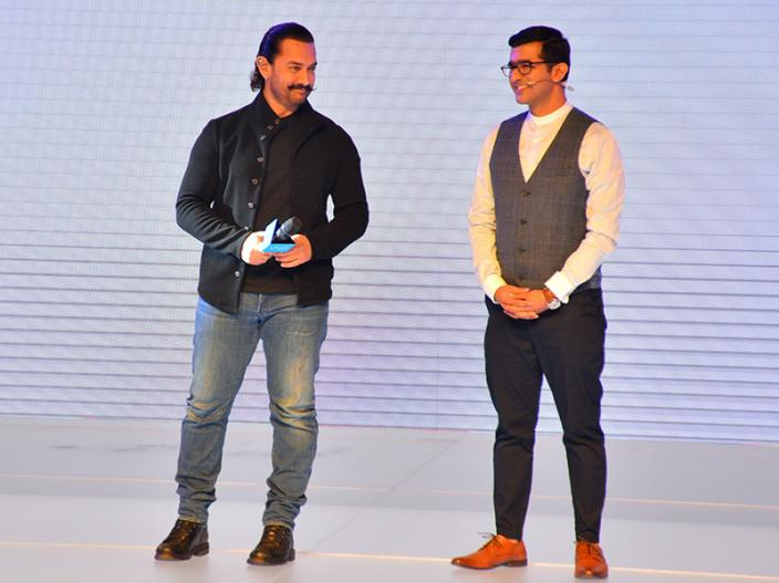 Aamir khan At the Launch of vivo v11 pro, See Specification and features |