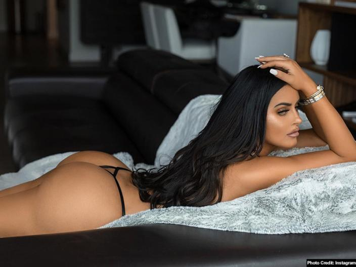 Hot and Nude Photos: Abigail Ratchford share her bold bikini sexy pics on instagram |