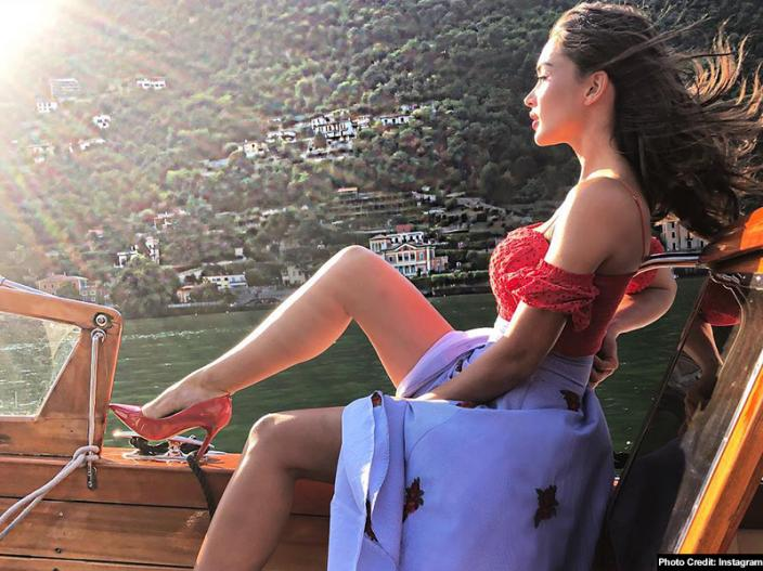 Robot 2.0 actress Amy Jackson shares her bold pics on Instagram |