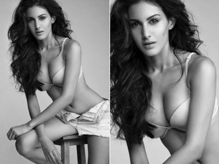 hot and sexy pic of Amyra Dastur |