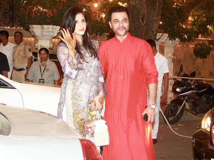 sanjay kapoor with wife |