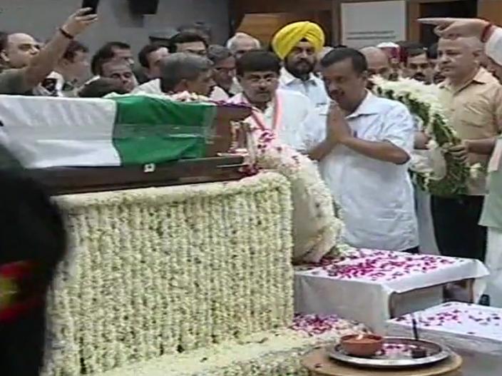 Atal Bihari Vajpayee: PM Modi, Amit Shah, Rajnath Singh, Yogi Adityanath others leader pay tribute to Atalji at BJP headquarters  