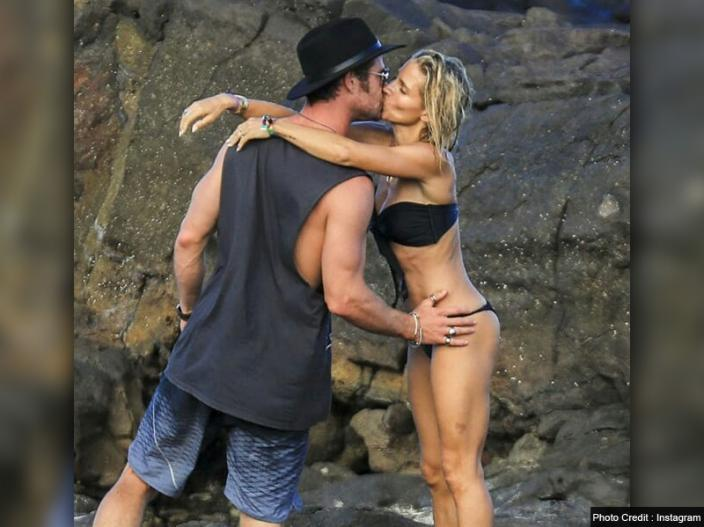 Chris Hemsworth smooch bikini wife Elsa Pataky |