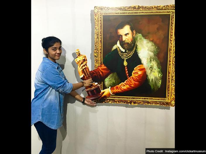 | भारत के इस पहले 3डी आर्ट म्यूजियम में 40 लाख से ज्यादा फोटोज खींची जा चुकी हैं। रोजाना इस म्यूजियम में सैकड़ों सैलानी आते हैं जो इस रोमांचक तरीके को अपनाकर अपनी फोटो खिंचवाते हैं।