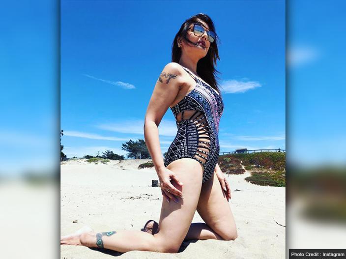 Hot Photos: bigg boss contestant deepshikha nagpal share her bikini pics on Instagram |