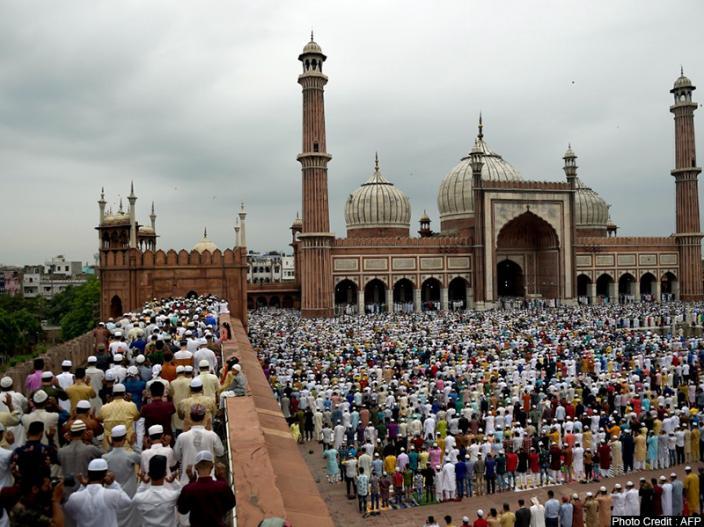 Eid Ul Adha 2019 Celebration in Jammu kashmir images, india bangladesh border eid celebration images, Jammu kashmir eid photos, Jammu kashmir eid pictures |