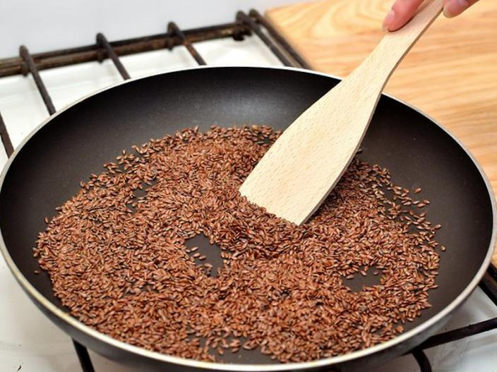 Eat Flax Seeds daily in morning it helps In Hair Growth |