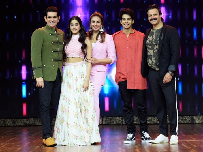 In Pics: Dhadak Star Ishaan Khattar & Janhvi Kapoor on the sets of Zee tv India's best dramebaaz at Vrindavan studio in malad  