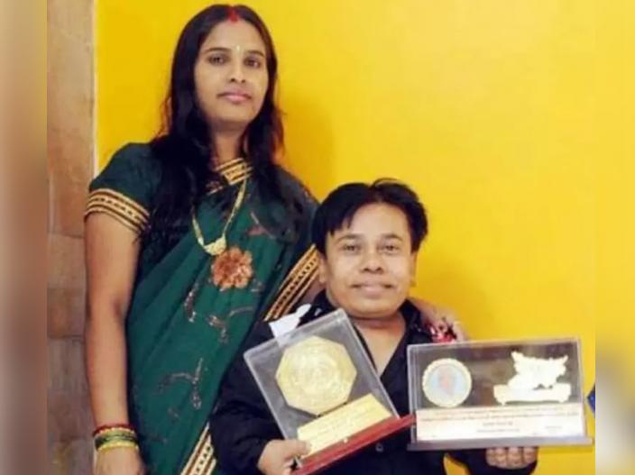 k k goswami wife Pinku Goswami |
