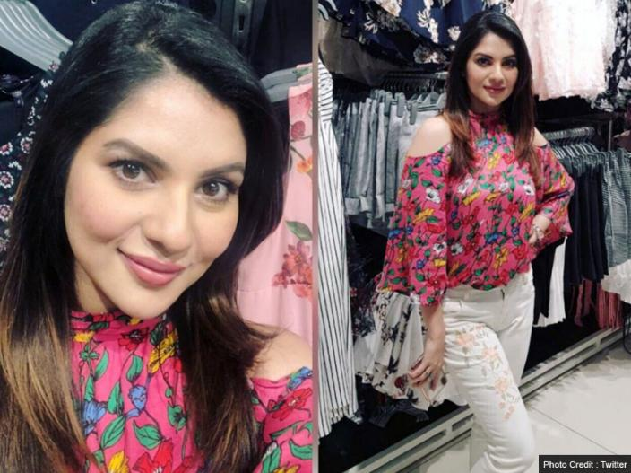 Bollywood and Bengali Actress Payel sarkar Bold and sexy Photos  