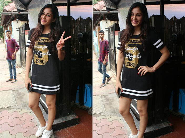 In Pics: Pooja chopra new look spotted in bandra mumbai |