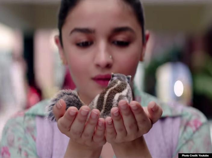 alia bhatt and vicky kaushal film raazi official trailer release |