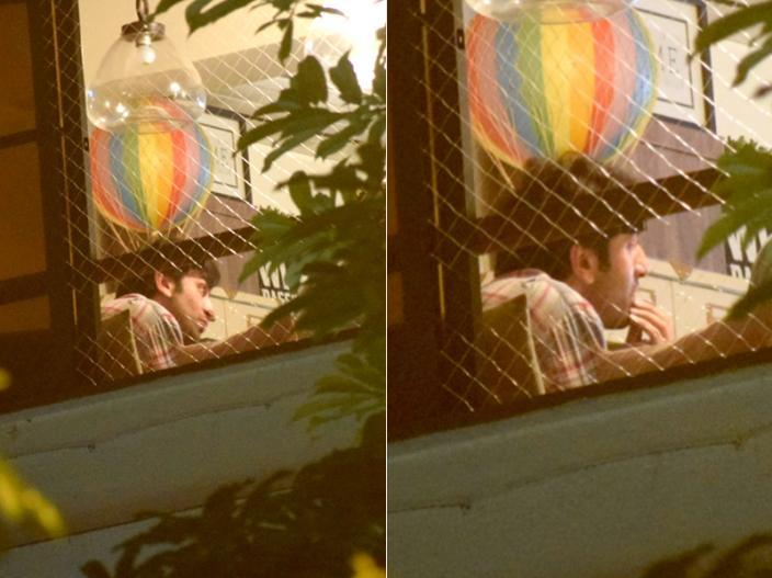 In Pics: Ranbir Kapoor spotted at Alia Bhatt's house in juhu |
